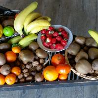 Activez l'énergie de votre cuisine à l'aide d'une corbeille de fruits.